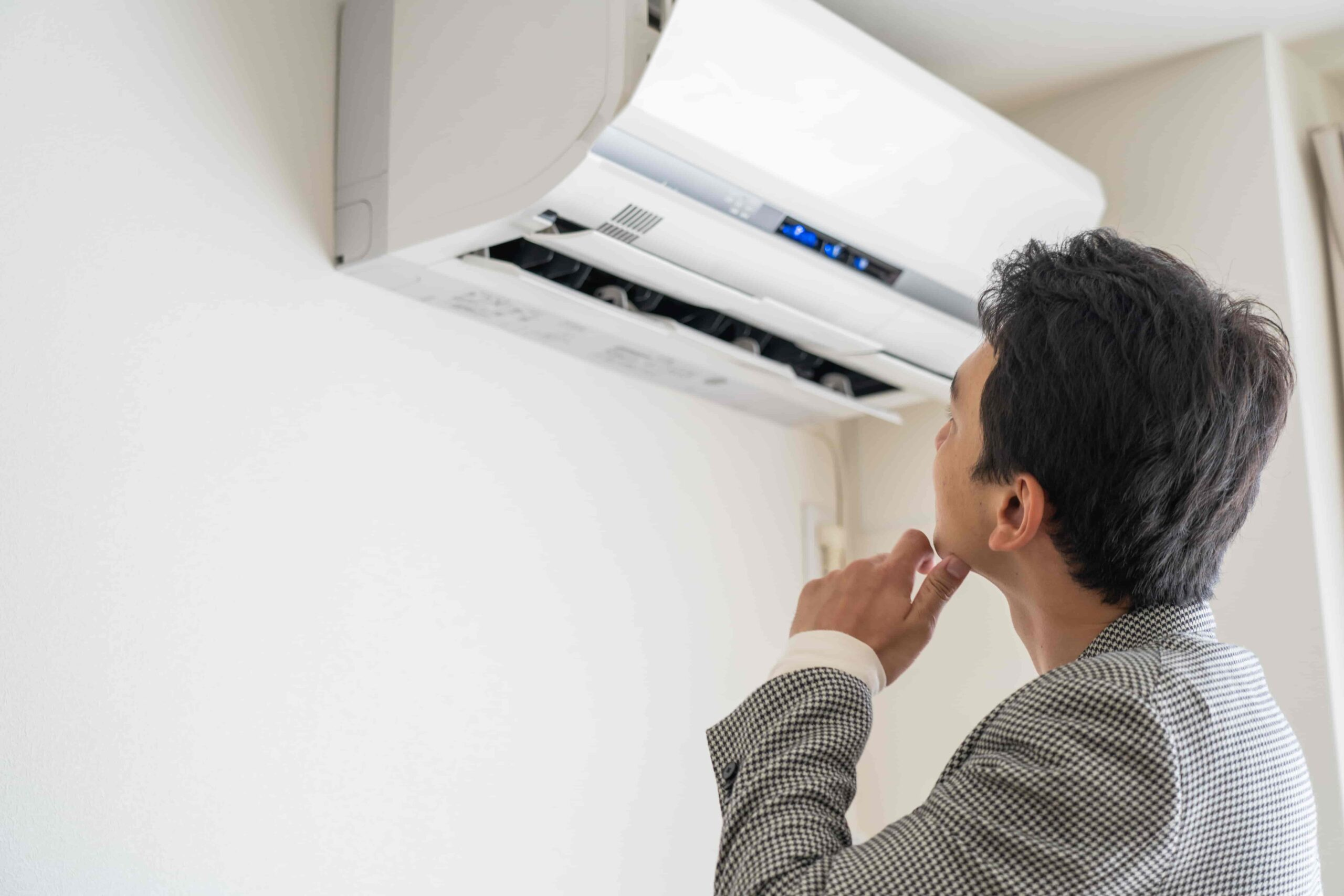 業務用エアコンの効きが悪い時の自分でできる清掃方法とは