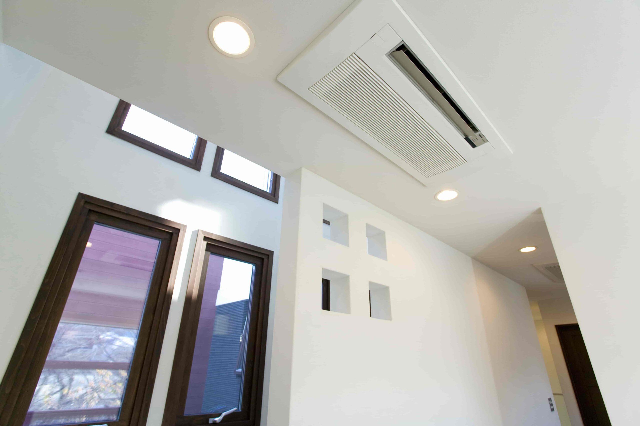 「業務用エアコンと高機能換気設備は別物?2つの違いを徹底解説!」を公開しました。