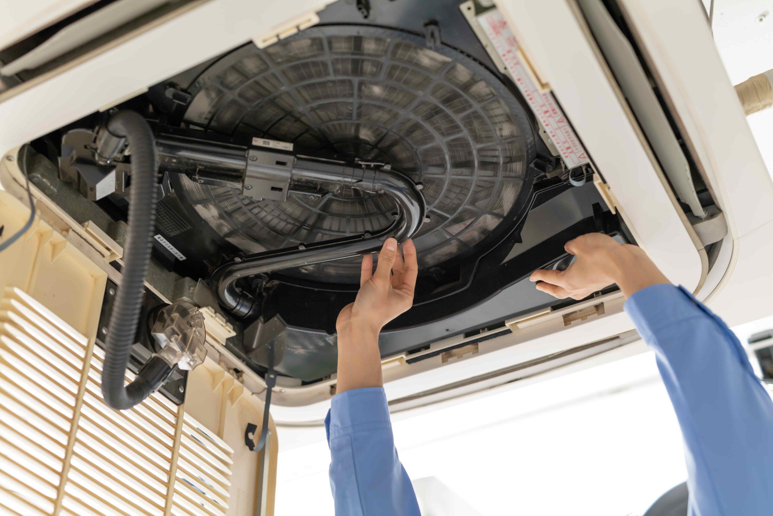 「業務用エアコンは自分で取り付けられる?それとも業者に依頼した方がいい?」を公開しました。